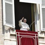 Papa Angelus: caminho do serviço antídoto contra a busca dos primeiros lugares