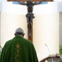 Papa: Jesus nos convida ao banquete do Reino, cuidado para não rejeitar